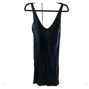 100% silk Aritzia Babaton slip dress